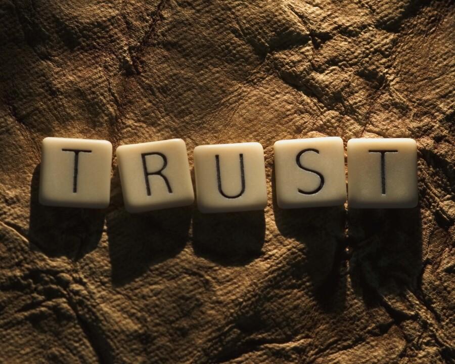 η εμπιστοσύνη κερδίζεται